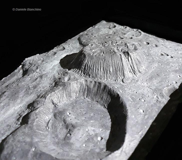 http://antidotumtarantulae.altervista.org/Daniele_Bianchino_ArtGEO_volcano_planet_alien_pianeta_cerere_ceres_ahuna_mons_crater_cryovolcano_criovulcano_5.jpg